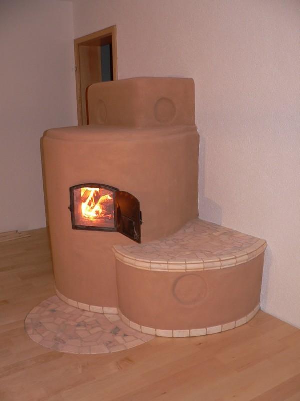 lehm fen gekachelte fen stein fen lehmbau hafner kanzach d bauen wohnen und leben. Black Bedroom Furniture Sets. Home Design Ideas